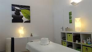 Lomilomi massage - Wikipedia