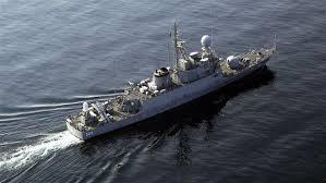 Resultado de imagem para navios de guerra americano presos no irã