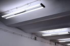 Fluorescent Tube Ceiling Light Ceiling Mounted Fluorescent Lamp Housing For Commercial
