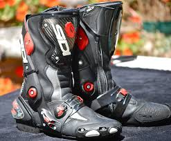 8 best vegan motorcycle boots for