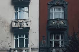 Apartment Building House Balcony Internet Cc0 Buildinghouse