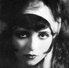 makeup was only worn by s before the 1920s during the 1920s it became a crucial factor in the flapper look this video shows you how clara bow a