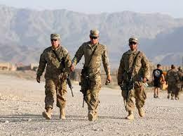واشنطن: لا سبيل للتهدئة في أفغانستان إلا باتفاق سلام