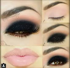black eyeshadow with light pink