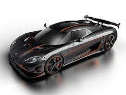 Compare bugatti chiron vs koenigsegg agera. With A Top Speed Of Over 447 2 Kph The Koenigsegg Agera Rs Is Now The Fastest Production Car In The World Technology News Firstpost