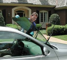 broken windshield repair and replacement