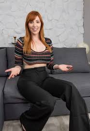 Lauren philips is an australian host, presenter, reporter and model who hails from melbourne, victoria. Lauren Phillips Imgur