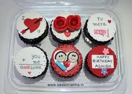 Cakes For Boyfriend Valentine Love Theme Customized Cupcakes