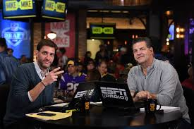 mike and mike espn 107 7 for more than 16 years sports fans have been waking up mike greenberg half of espn radio s weekday morning mike mike the perfect sports fan