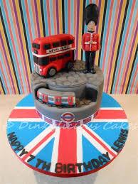 London Themed Birthday Cake Cake By Dinkylicious Cakes Cakesdecor