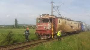 FOTO - Accident feroviar în județul Bacău. Un tren cu zeci de călători a deraiat la Căiuți - Ziarul de Bacău