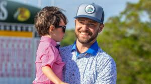 Justin timberlake does not have kids. Justin Timberlake And Son Silas Are The Cutest Golfers In Rare Public Appearance Entertainment Tonight