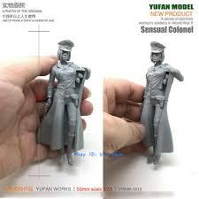 <b>1/35</b> Scale Female German Officer Unpainted Resin <b>Model</b> Kit ...