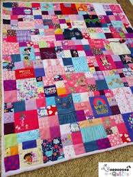 Made from baby clothes.   Memory Quilts   Pinterest   Babies ... & Memory Quilts   Pinterest   Babies clothes, Quilt baby and Embroidery Adamdwight.com
