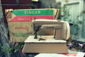 Singer Toy Sewing Machine Vintage