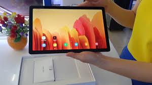 Mở hộp máy tính bảng Samsung Galaxy Tab A7 - YouTube