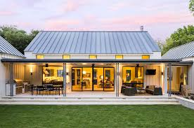 newly built urban modern farmhouse