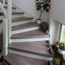 Das laminat muss 48 stunden lose liegen, bevor es befestigt wird, damit es sich akklimatisieren kann und nicht verzieht. Treppenrenovierung Alter Treppen Hafa Treppen