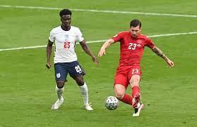 EURO 2020'de İngiltere - Danimarka maçında sahadaki ikinci top iddiası -  Haber Turek