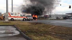 car wreck suv burning on dixie hwy radcliff ft knox ky 2 of 2