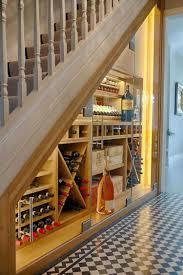 Außerdem gelangen staub und schmutz hinein. Raum Unter Treppe Nutzen Beispiele Mit Grundriss Und 20 Ideen