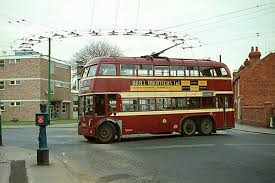 Get wired (again): Trolleybuses and Trolleytrucks - LOW-TECH MAGAZINE