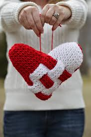 Loom Knit Patterns Classy LOOM KNIT HEART PILLOW PATTERN Loom Knitting By This Moment Is