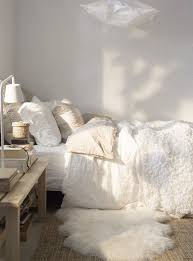 white and cream bedding.  And Love The Blend Of Textures  That Theyu0027re Different Shades White Cream  Ivory Etc With White And Cream Bedding D
