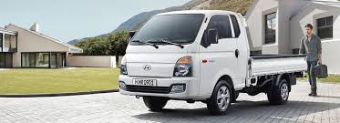 2018 hyundai h100. Plain Hyundai A White H100 With A Man Outside On 2018 Hyundai H100