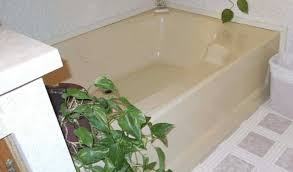 Rinse the porcelain bathtub thoroughly, or you will have adhesion problems. 3 Remedies For Yellow Bathtubs In Mobile Homes