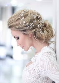 海外で流行中bohoスタイルを結婚式に取り入れよう