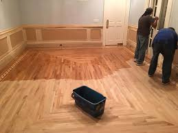 how to find the best hardwood flooring contractor in san antonio