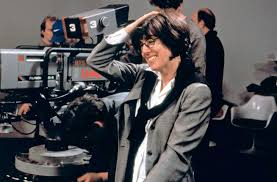 nora ephron academy of achievement nora ephron at work on the set of her film lucky numbers 2000