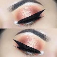 peachy prom eye makeup look