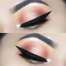 peachy prom eye makeup look