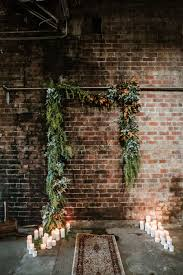 How To Decorate A Brick Wall For A Wedding