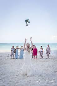 riu cancun wedding hannah and simon s beach destination