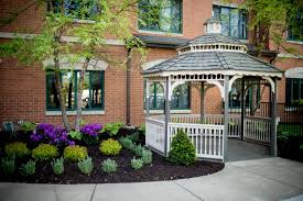 at symphony of buffalo grove the buffalo grove nursing home we pride ourselves on our ability to give high quality continuous care to all of our guests
