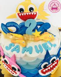 Baby Shark Fondant Cake Alessias Cakes Italian