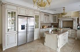 Brilliant Antique White Kitchen Ideas Traditional T To Simple Design