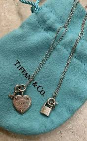 details about tiffany co return to tiffany love heart tag key necklace
