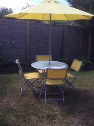 garden furniture set glass round table 4 chairs parasol need good clean