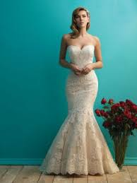 mermaid ivory lace gorgeous classic strapless sweetheart wedding