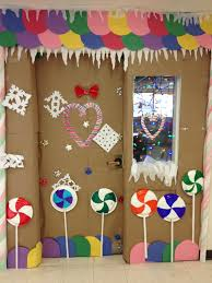 gingerbread house bulletin board ideas.  Board 43 Door Christmas Classroom House Decorationgingerbread 25 Best Ideas  About Decorations On  Getoutmaorg In Gingerbread Bulletin Board D