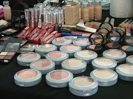 l oreal set up at dundas square friday to give free hair and make up