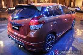 2014 Toyota Yaris Rear Angle Light | AutonetMagz