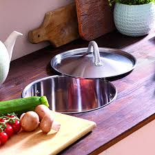 here s an easy way to keep your kitchen countertops clean by recycling an old saucepan or pot into a organic waste bin fitting an organic waste bin to your