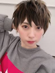 イケメン金村美玖をはじめとする日向坂46メンバーのメンズ髪型姿が