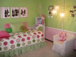 Pink And Green Walls In A Bedroom Pink Green Bedroom Designs Shaibnet
