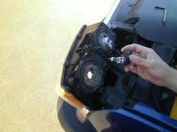 2003 2006 Chevrolet Silverado Headlight Bulb Replacement
